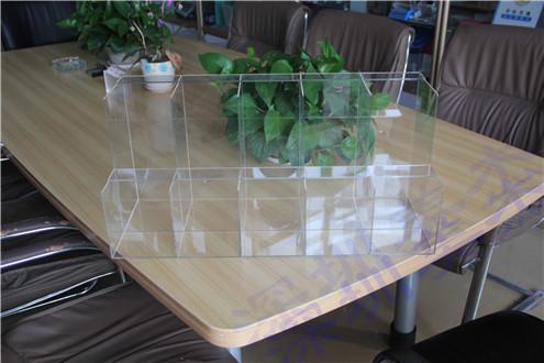香港公司与深圳美杰成功合作制作有机玻璃展示盒