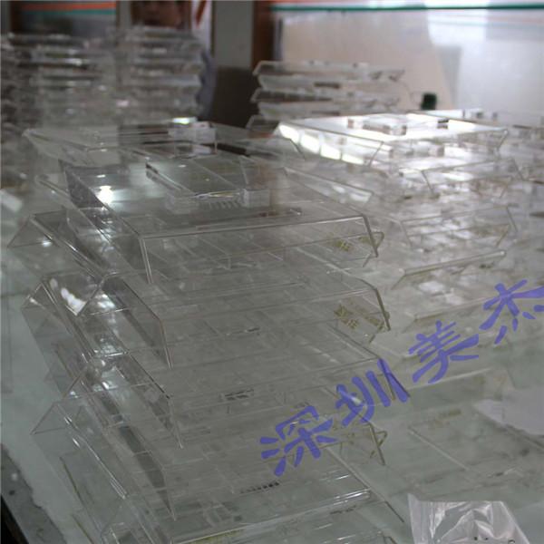 深圳口香糖亚克力展示架又添新案例了 也许就在您身边